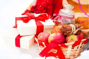Healthy Holiday Gift Ideas: Gift Basket